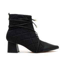 bota-feminana-preta-Cecconello-1724001-1-a