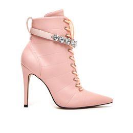 bota-rosa-feminina-cano-medio-salto-fino-Cecconello-1676005-2-a