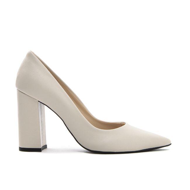 14409624362-scarpin-salto-bloco-creme-feminino-cecconello-1786001-12-a