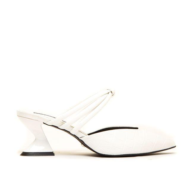 14429386167-mule-feminino-branco-cecconello-1791004-1-a