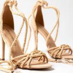 sandalia-feminina-creme-amarrar-perna-cecconello-1813001-2-d